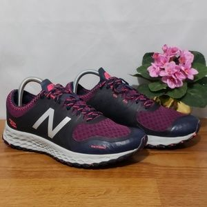 New Balance Womens V1 Fresh Foam Trail Running